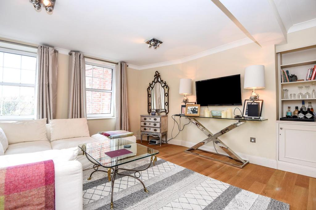 2 Bedrooms Flat for sale in Elystan Street, Chelsea