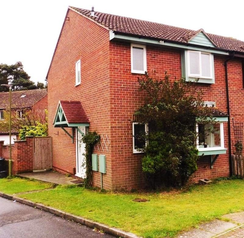 3 Bedrooms Semi Detached House for sale in Coppice View, Redhill, Bournemouth