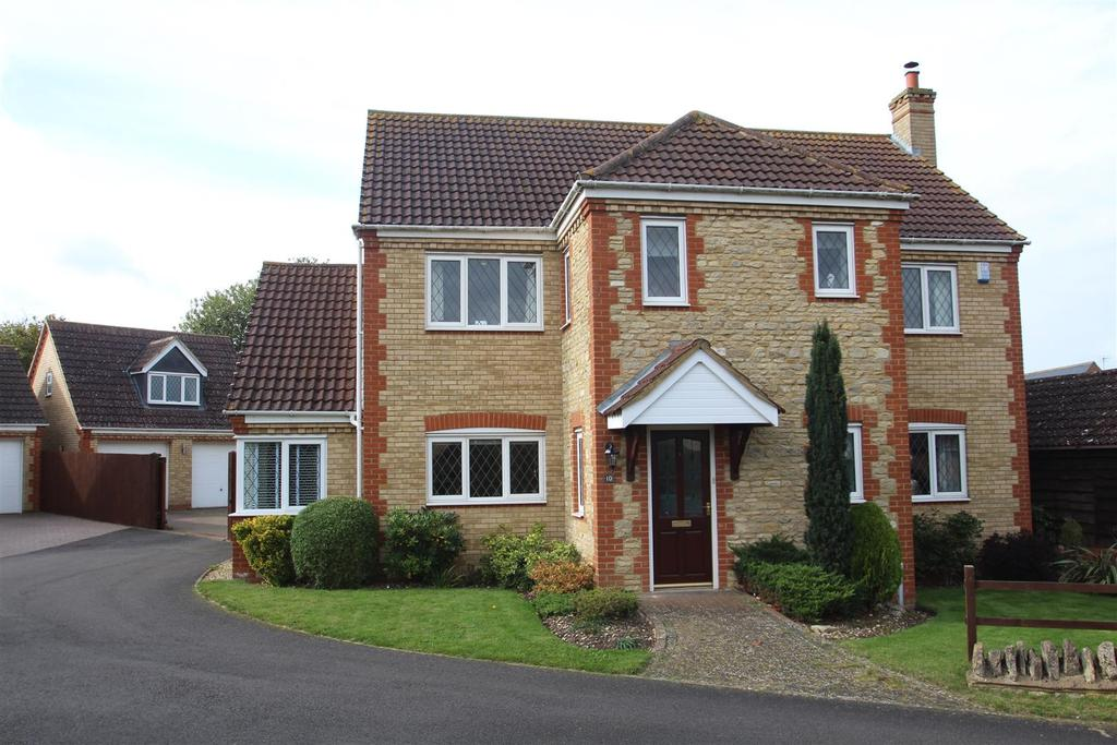 5 Bedrooms Detached House for sale in Warners Hill, Bozeat.