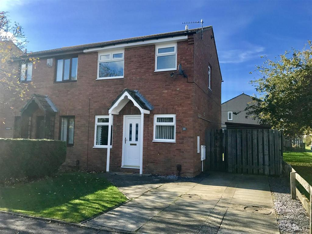 2 Bedrooms Semi Detached House for sale in Wetherall Avenue, Yarm