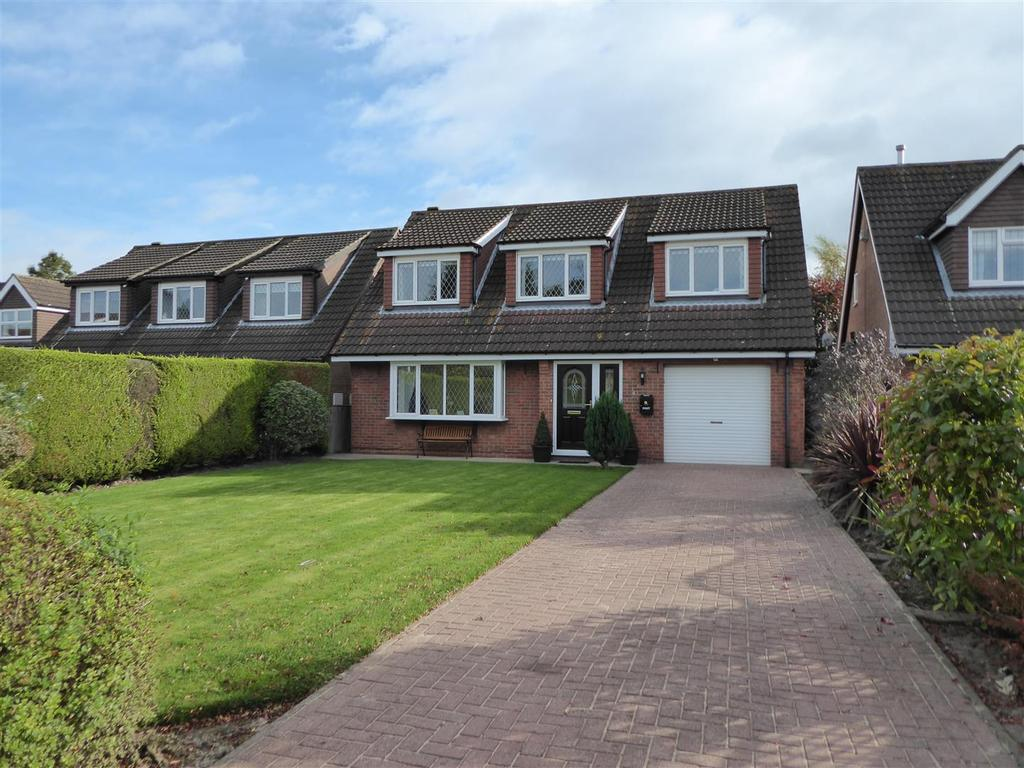 4 Bedrooms Detached House for sale in Newlands Park, Humberston