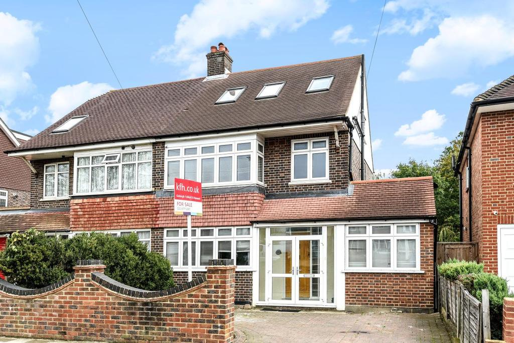 4 Bedrooms Semi Detached House for sale in Pickhurst Lane, West Wickham