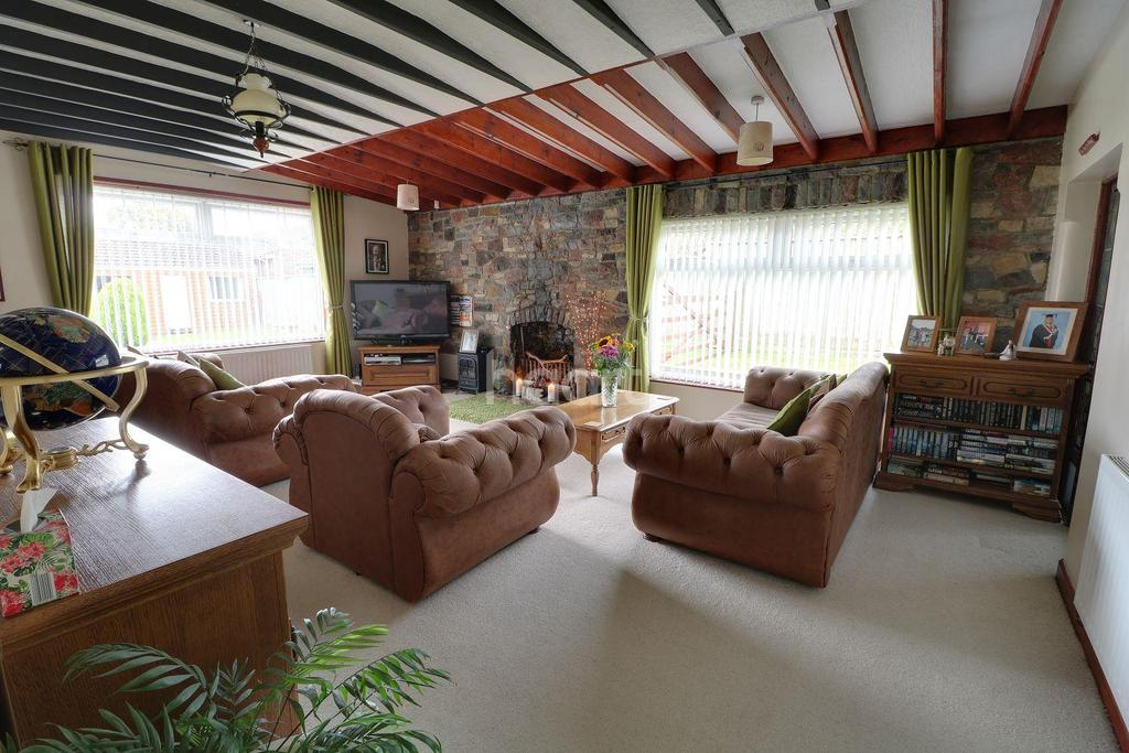 4 Bedrooms Detached House for sale in Dundry Lane, Bristol, BS41