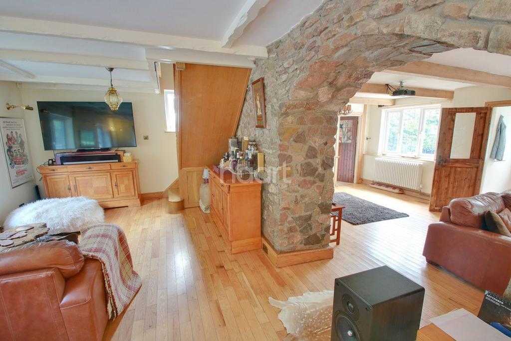 3 Bedrooms Cottage House for sale in Old Roman Road, Langstone, Newport