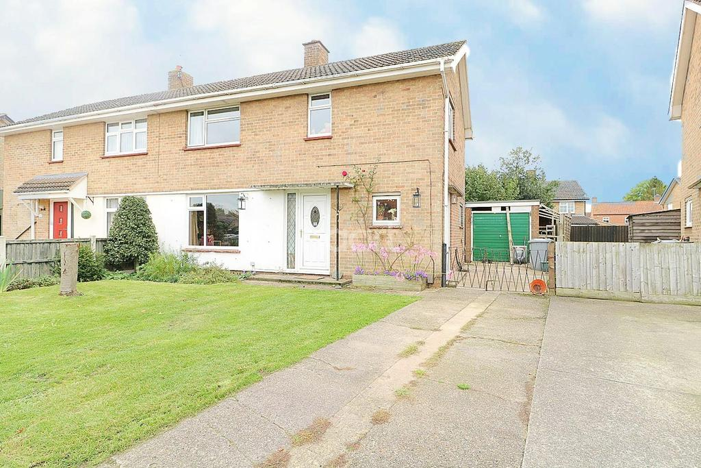 3 Bedrooms Semi Detached House for sale in Alvey road, Balderton