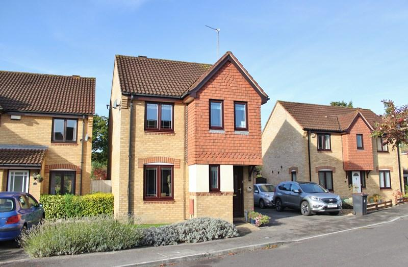3 Bedrooms Detached House for sale in Thorne Close, VERWOOD