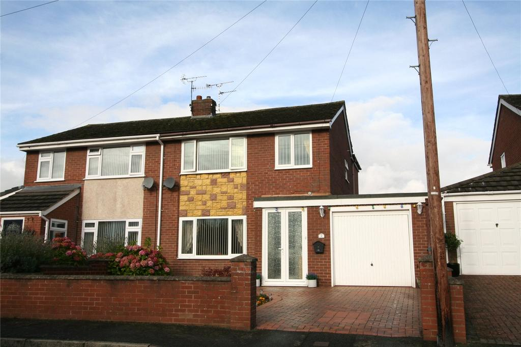 4 Bedrooms Semi Detached House for sale in Park View, Ponciau, Wrexham, LL14