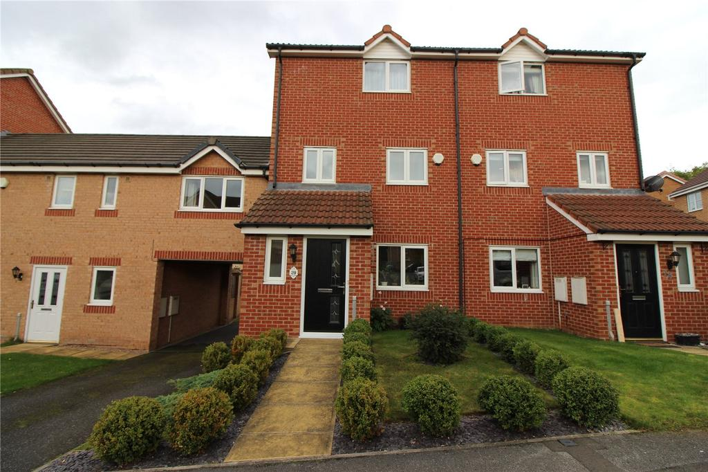 3 Bedrooms Town House for sale in Great Broad Ing, Redbrook, Barnsley, S75