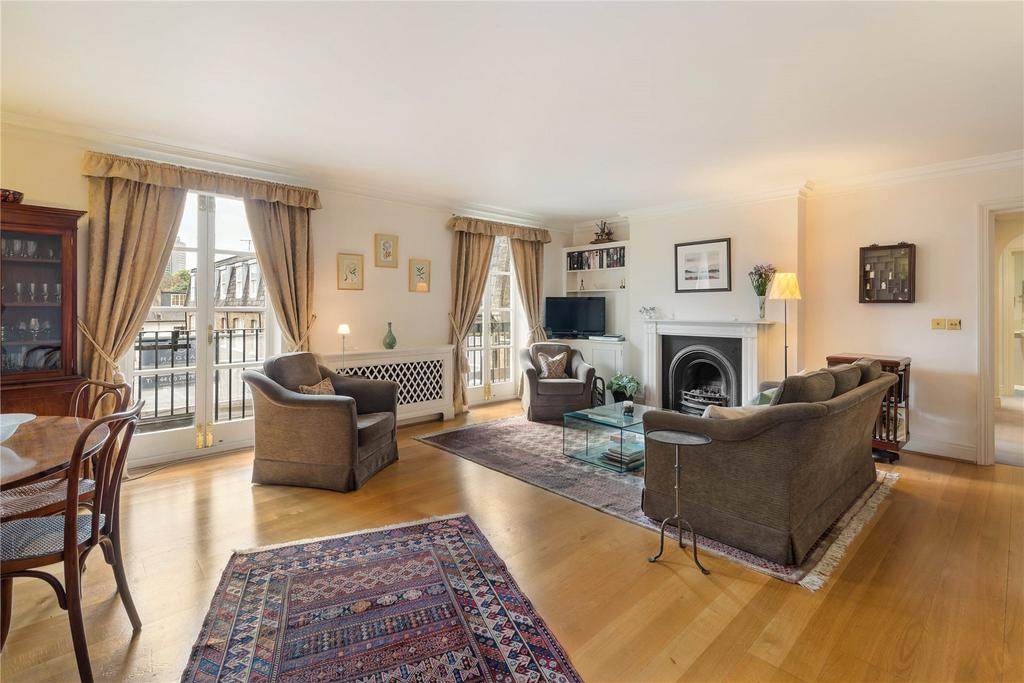 3 Bedrooms Flat for sale in Palace Gate, Kensington, London