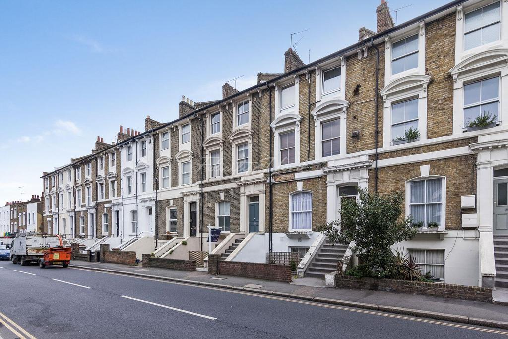 1 Bedroom Flat for sale in Albion Road, N16