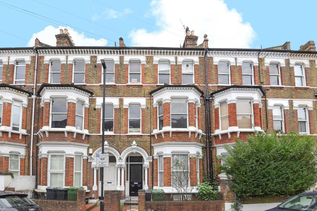 2 Bedrooms Flat for sale in Mayflower Road, Clapham