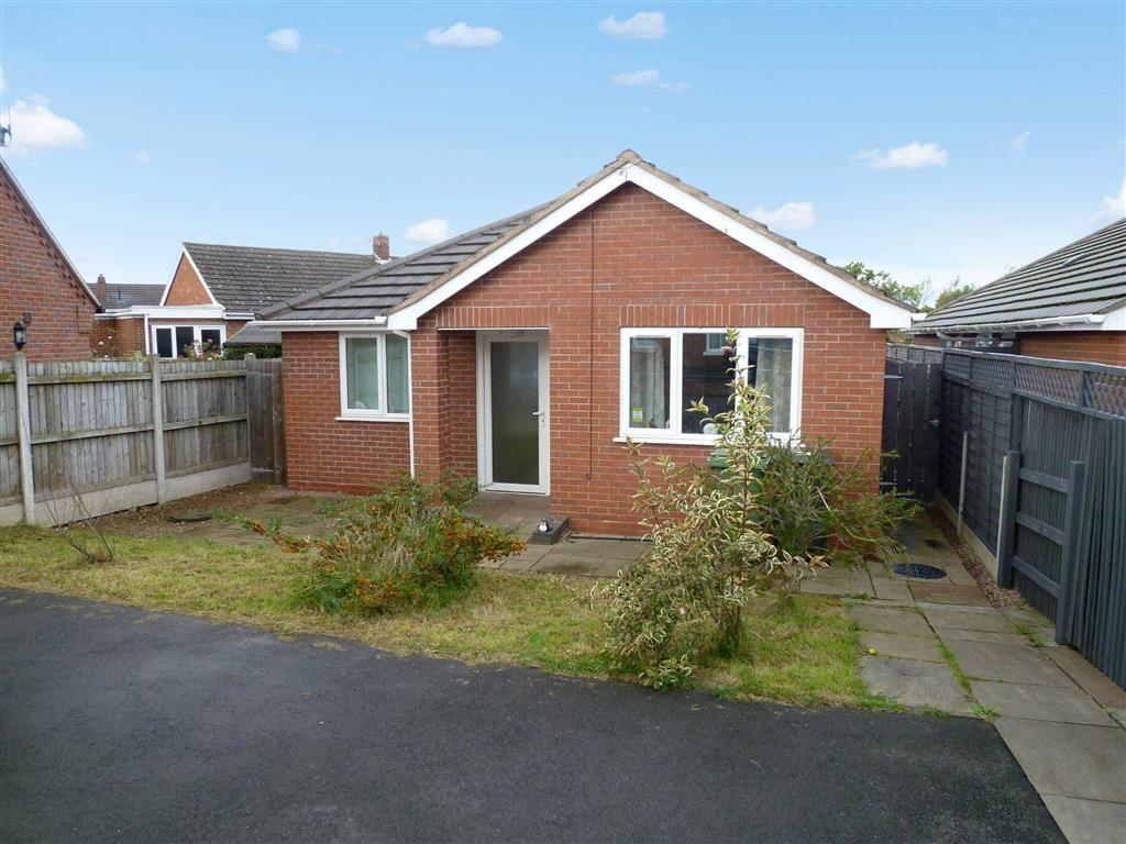 2 Bedrooms Detached Bungalow for sale in Bridgnorth Road, Highley, Shropshire