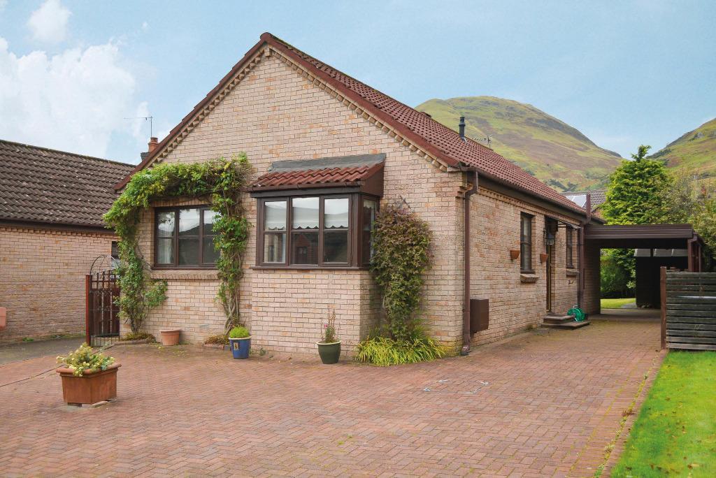 3 Bedrooms Bungalow for sale in Bevan Drive, Alva, Clackmannanshire, FK12 5PD