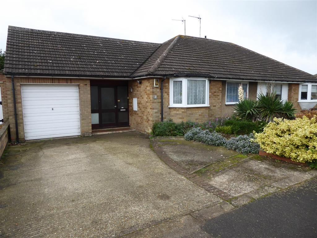 3 Bedrooms Bungalow for sale in Westover Road, Kettering