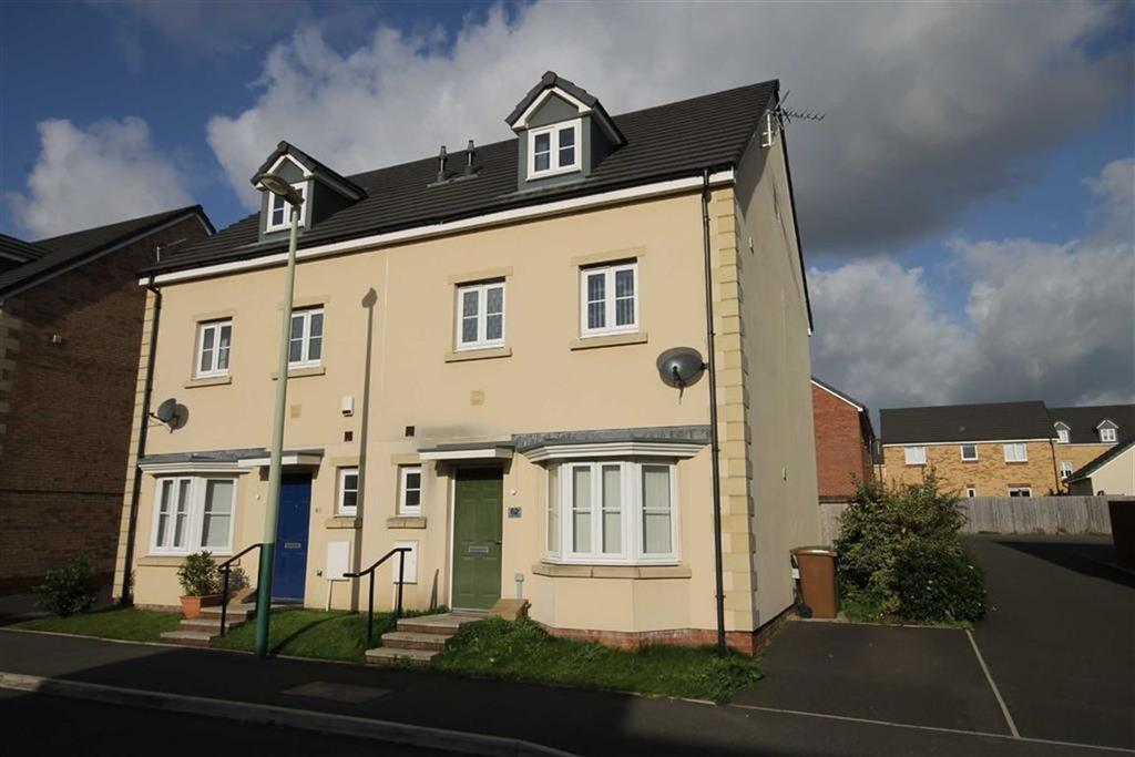 4 Bedrooms Town House for sale in Meadowland Close, Caerphilly, CF83