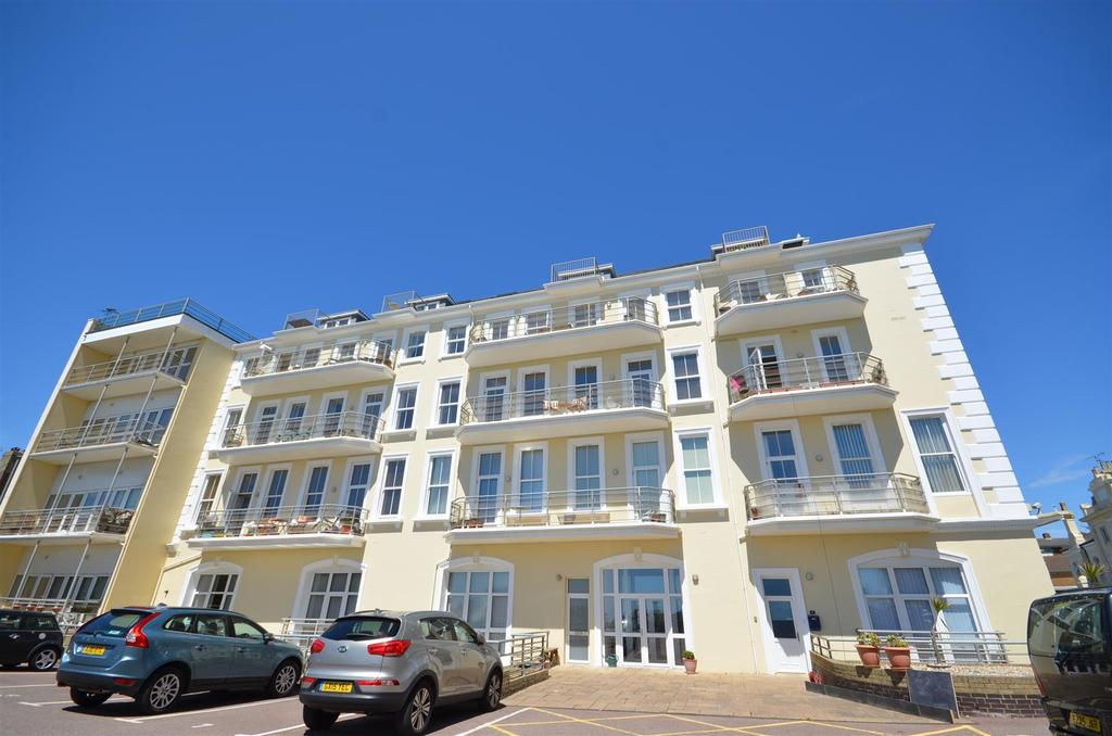 2 Bedrooms Apartment Flat for sale in Marina Park, Seaside Road