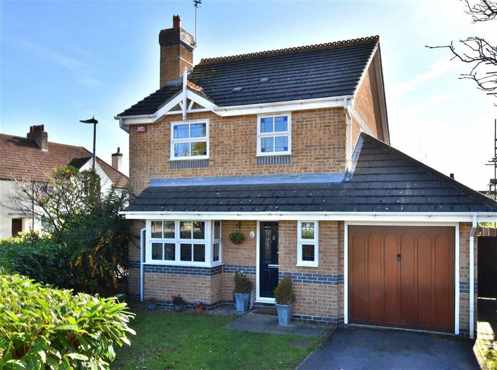 3 Bedrooms Detached House for sale in Lavender Close, Bromley, Kent