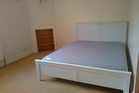1 bedroom house share to rent - Eustace Place, Borgard Road, London SE18