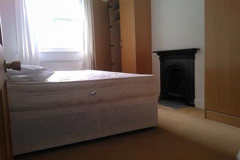 1 bedroom house share to rent - Eustace Place, Borgard Road SE18