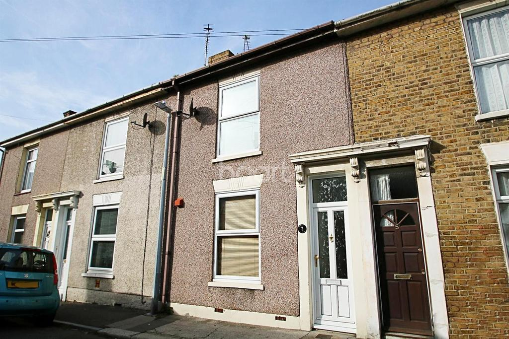 3 Bedrooms Terraced House for sale in Invicta Road, Sheerness