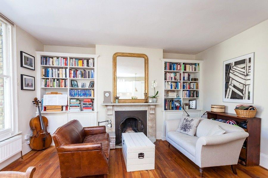 2 Bedrooms Flat for sale in Cardozo Road, Hillmarton Conservation Area, London, N7