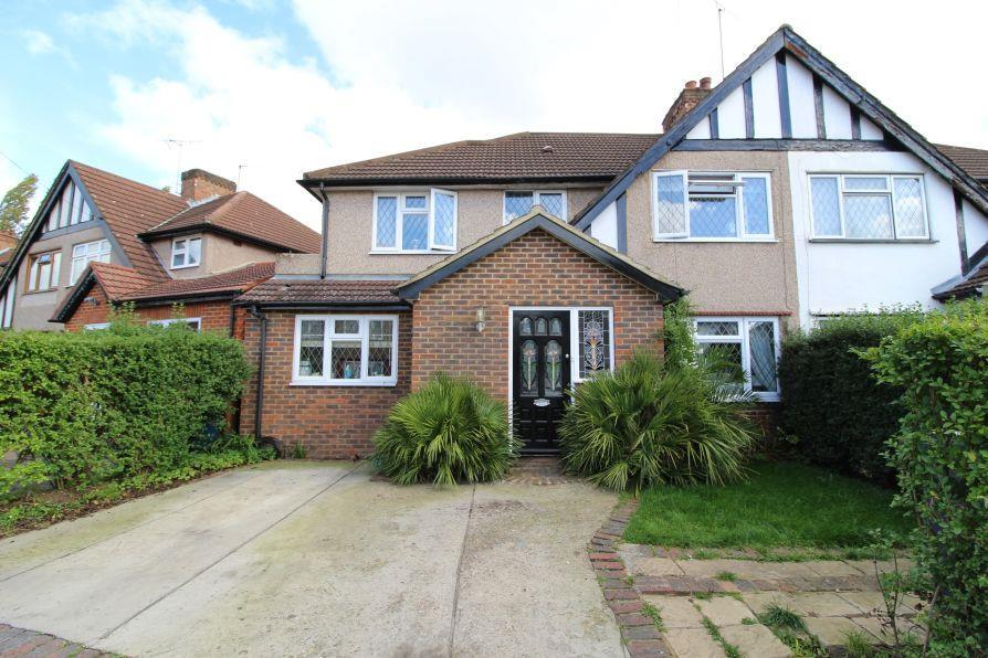 5 Bedrooms Semi Detached House for sale in Silver Close, Harrow HA3 6JT