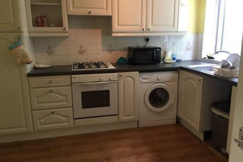 3 bedroom flat to rent - 25 Hubert Croft, B29 6DU
