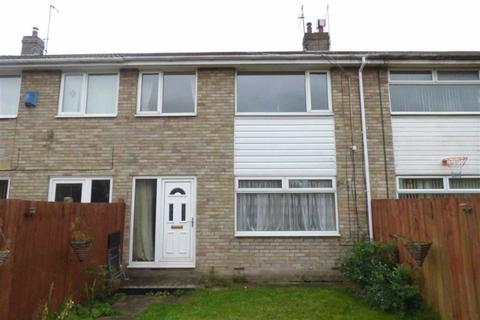 3 bedroom terraced house to rent - Marsdale, Sutton Park, Hull, East Yorkshire, HU7