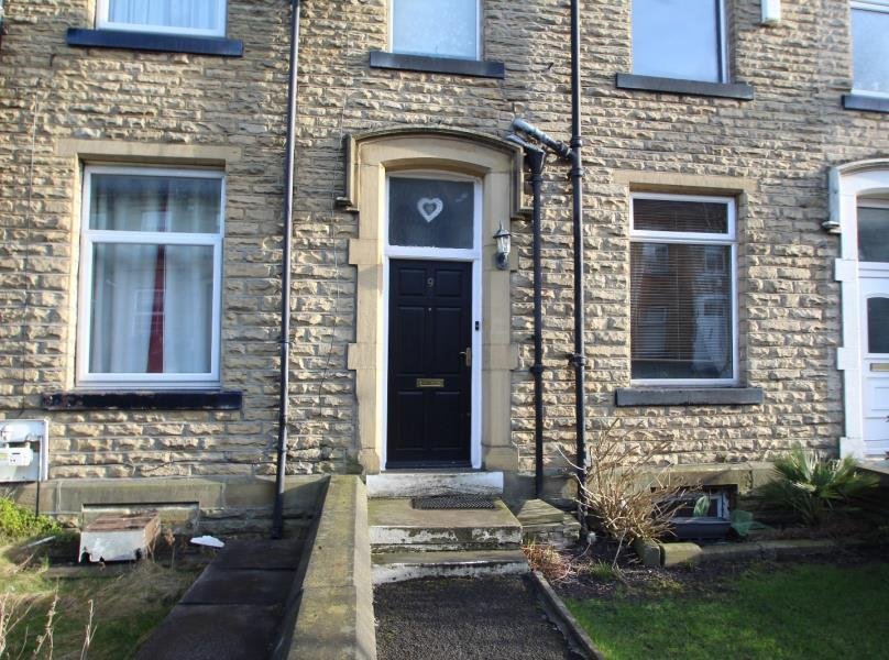 3 Bedrooms Terraced House for sale in SHERWOOD PLACE, BRADFORD, BD2 3DX