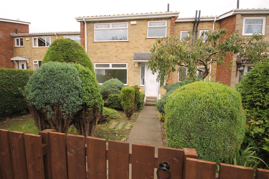 3 Bedrooms Terraced House for sale in Clavering Road, Hartlepool