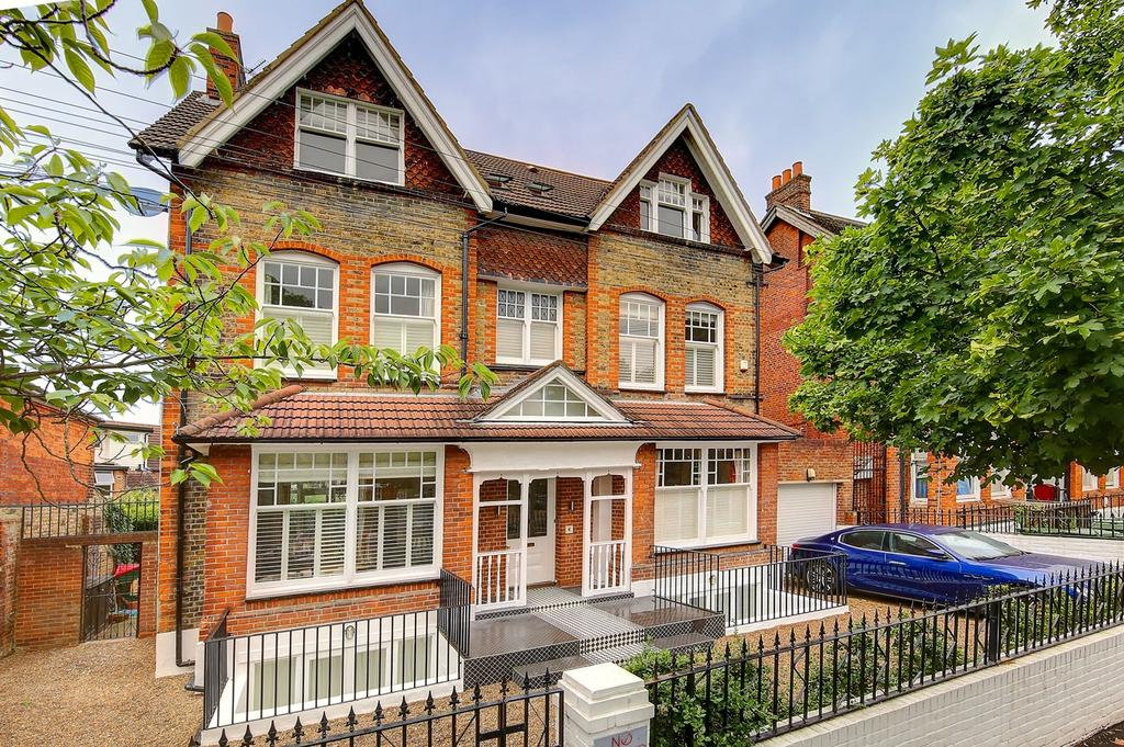 7 Bedrooms Detached House for sale in Rydal Road, London, SW16