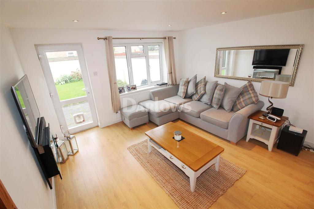 5 Bedrooms End Of Terrace House for rent in Bulrush Close