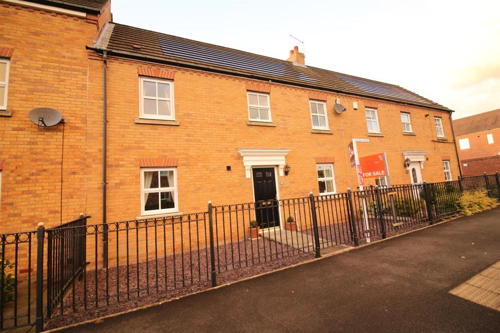 3 Bedrooms Terraced House for sale in Barmoor Drive, Newcastle upon Tyne