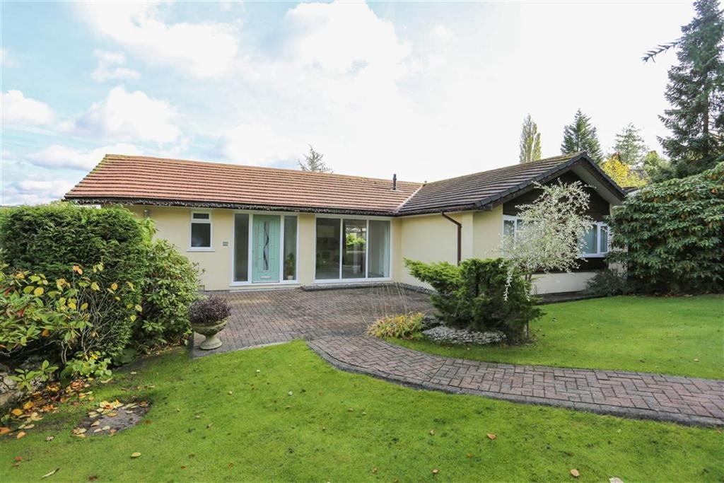 3 Bedrooms Detached Bungalow for sale in Arkwright Road, Marple, Cheshire