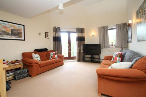 2 bedroom flat to rent - Staverton Grove, Broughton