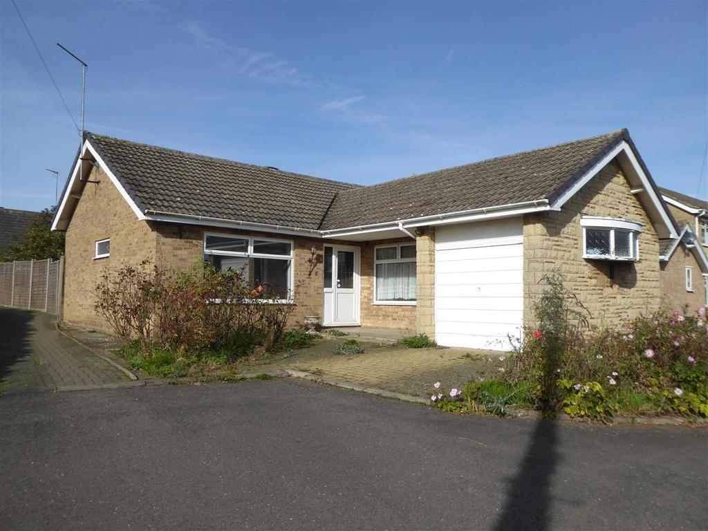 2 Bedrooms Bungalow for sale in Church View, Broughton, Kettering
