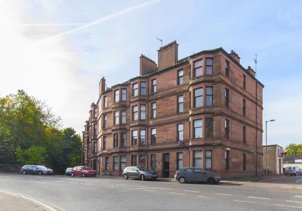 2 Bedrooms Flat for sale in 2/1, 110 Thornliebank Road, Eastwood, Glasgow, G43 1DP