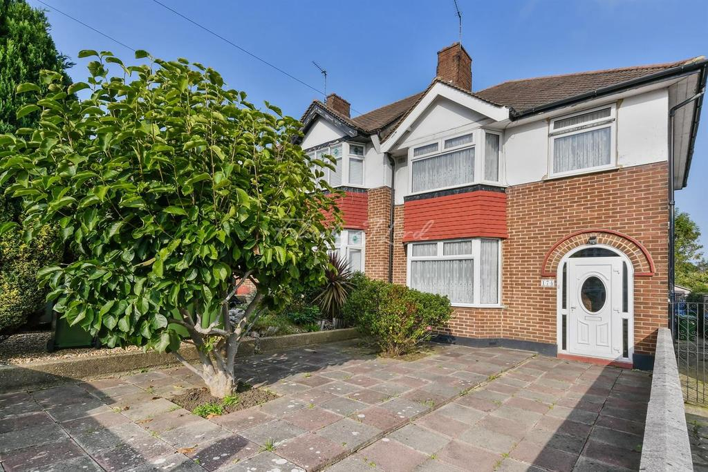 3 Bedrooms Semi Detached House for sale in Glenesk Road, Eltham, SE9