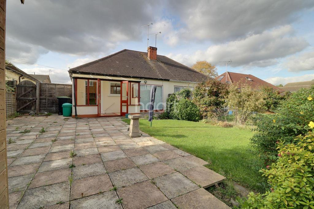 2 Bedrooms Bungalow for sale in Belgrave Road, Leigh-on-sea