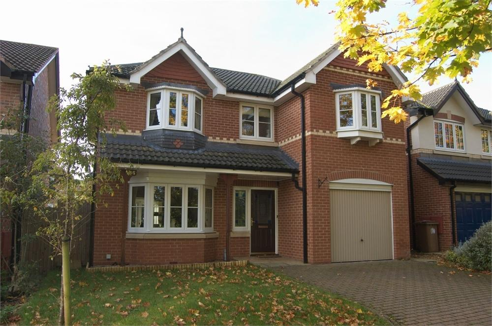 4 Bedrooms Detached House for sale in Tarporley Close, Eccleston Grange, St Helens, Merseyside