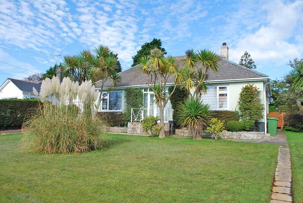 3 Bedrooms Detached Bungalow for sale in Gorran Haven, St Austell, South Cornwall, PL26