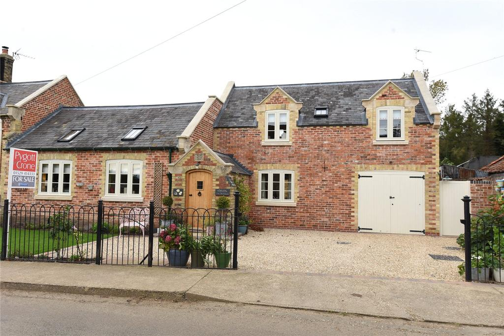 4 Bedrooms Semi Detached House for sale in Swarby, Sleaford, NG34