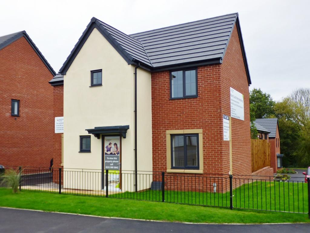 3 Bedrooms Detached House for sale in Castlefields Avenue East, Lakeside at Bridgewater Gardens, Runcorn