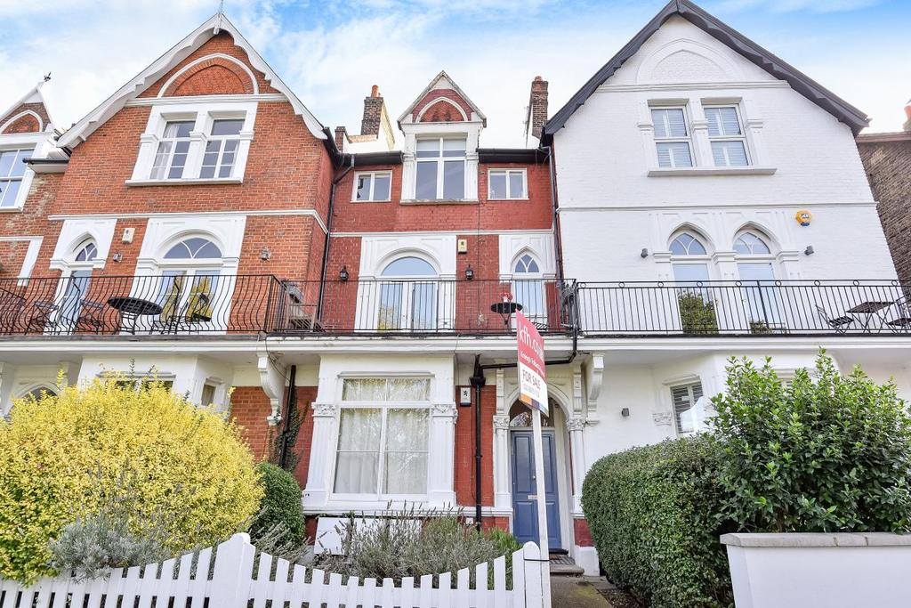 2 Bedrooms Flat for sale in Rastell Avenue, Balham