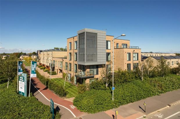 2 Bedrooms Apartment Flat for sale in Palmer House, Harvest Road, Trumpington, Cambridge