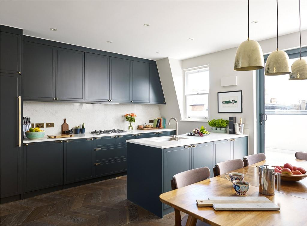 2 Bedrooms Flat for sale in Fulham Road, Fulham, London
