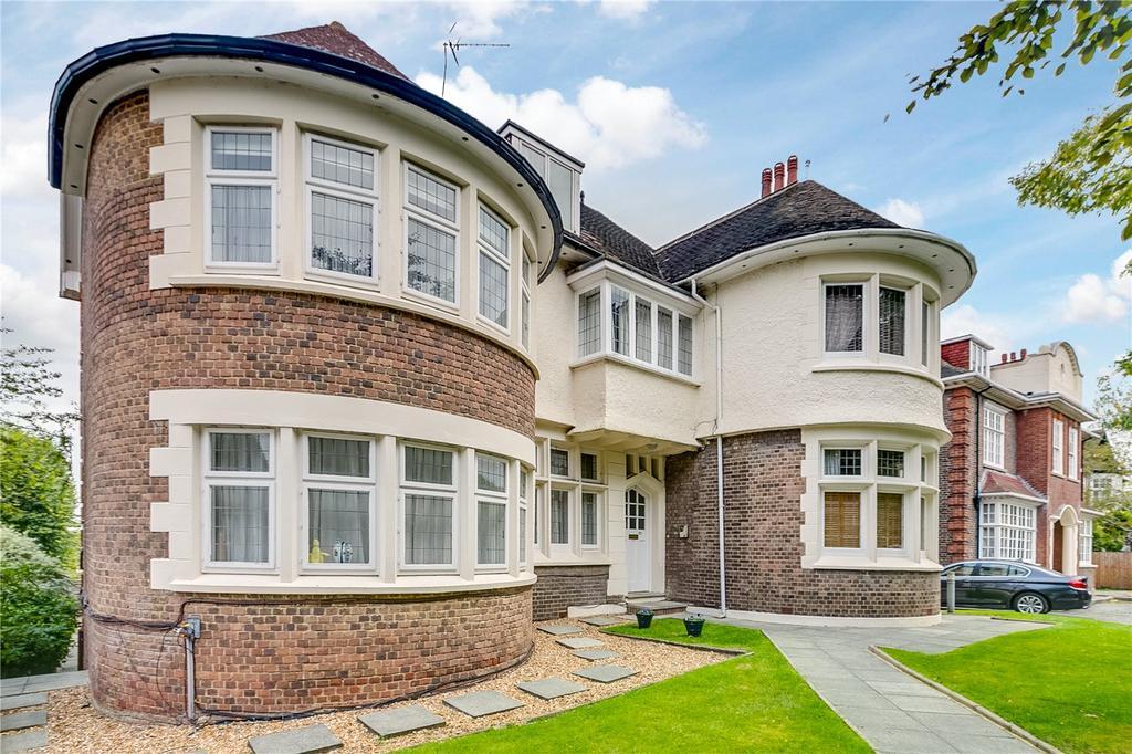 2 Bedrooms Flat for sale in Fernhill Place, 21-23 Chartfield Avenue, London