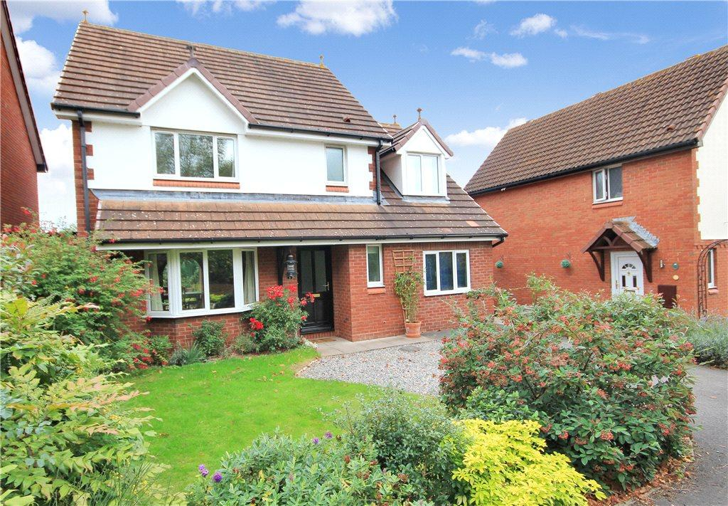 4 Bedrooms Detached House for sale in Stoneleigh Drive, Belmont, Hereford, HR2