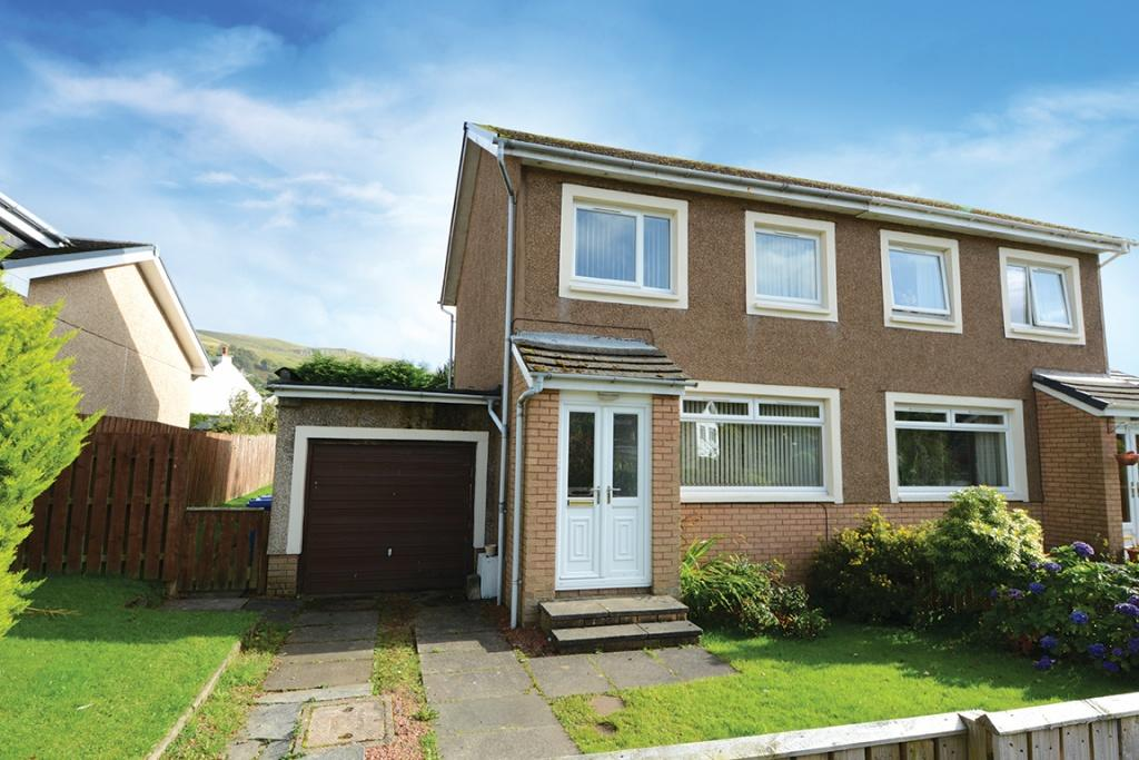 3 Bedrooms Semi Detached House for sale in 68 Glen Avenue, Largs, KA30 8QQ
