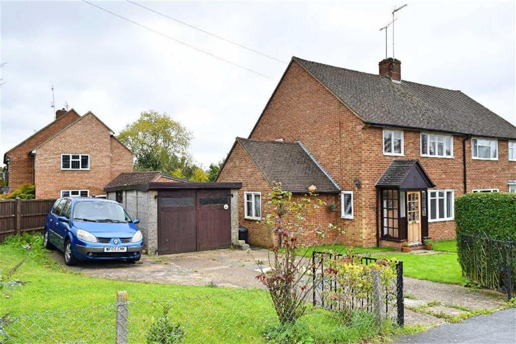 3 Bedrooms Semi Detached House for sale in Northdown Road, Kemsing, TN15